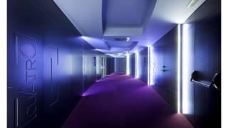 Interior pasillo habitaciones. Hotel MasMonzón. Brualla-Alcaraz. Arquitectos.