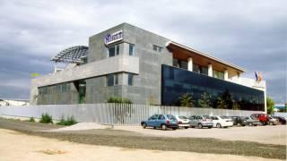 Nave y edificio de oficinas 1. Meflur. Telecomunicaciones. Brualla-Alcaraz. Arquitectos.