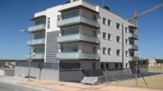 Edificio E01-1. Fuente Saso. Hinaco. Monzón. Brualla-Alcaraz. Arquitectos