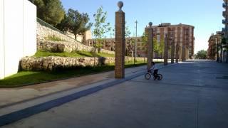 Acceso parque azucarera 1. Monzón (Huesca). Brualla-Alcaraz. Arquitectos.
