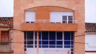 Vivienda entre medianeras 01. Monzón (Huesca). Miguel Angel Brualla Palcín. Arquitecto.