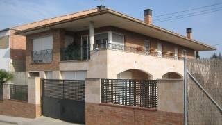 Vivienda unifamiliar aislada con garaje. Osso de Cinca 1. Huesca. Arquitectos. Brualla Alcaraz. 2