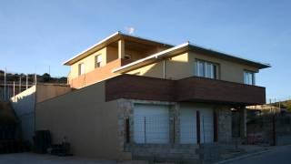 Vivienda unifamiliar aislada con garaje. Fonz. Huesca. Arquitectos. Brualla Alcaraz. 1