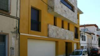 Vivienda entre medianeras 01. Binefar (Huesca). Miguel Angel Brualla Palcín. Yolanda Alcaraz Quiroga. Arquitecto.1
