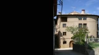 Reforma de Edificio en esquina para tres viviendas y garaje. Colungo. Huesca. Miguel Angel Brualla. Arquitecto.
