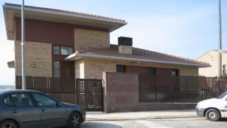 Vivienda unifamiliar aislada con garaje. Almunia de San Juan. Huesca. Arquitectos. Brualla Alcaraz. 3